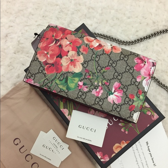 0f90fe449f94 Gucci Bags | Gg Blooms Supreme Chain Wallet Multi Rose | Poshmark
